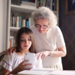 Com prevenir i millorar la mala circulació sanguínia en persones grans